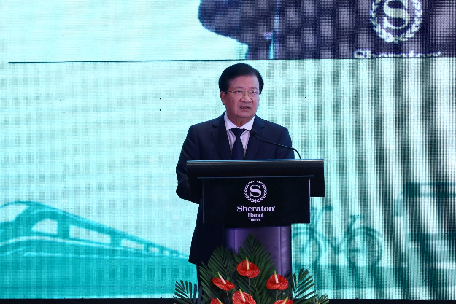 """Phó Thủ tướng: """"Điểm nghẽn"""" giao thông """"cản trở"""" kinh tế Việt Nam phát triển"""