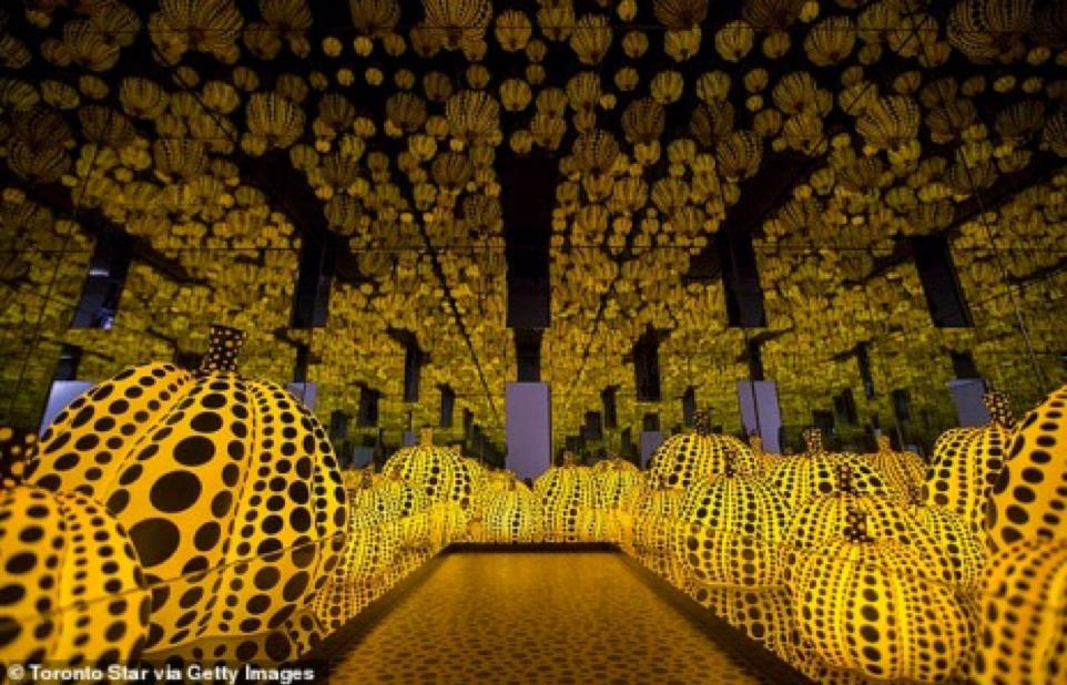 Hoàng tử Ả Rập chi hàng chục triệu đô la cho những quả bí ngô được sơn