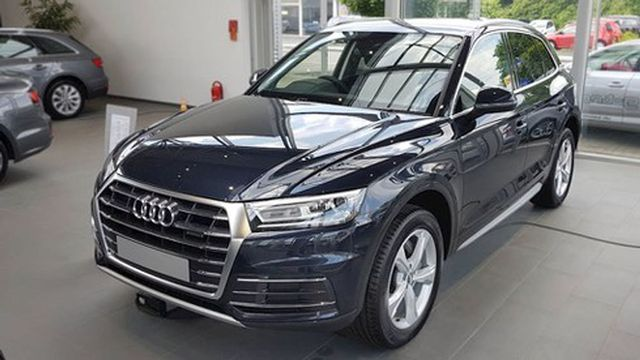 Xả hàng cuối năm, ô tô giảm giá 200-300 triệu đồng - 2