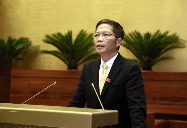 """Xe Volkswagen gắn """"đường lưỡi bò"""" Trung Quốc """"vượt rào"""" vào Việt Nam qua lỗ hổng pháp lý (!?)"""