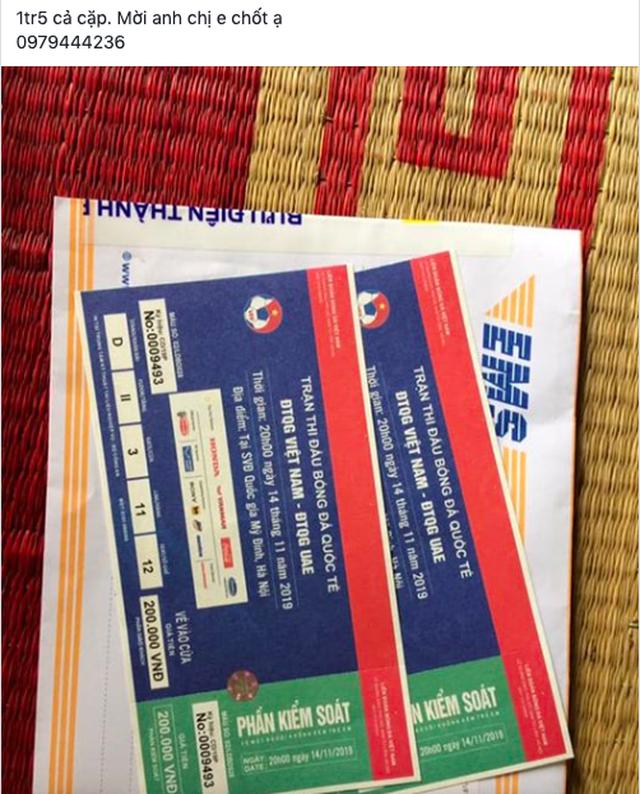 """Vé trận Việt Nam - UAE vừa đến tay, dân phe """"hét luôn 4 lần giá - 3"""