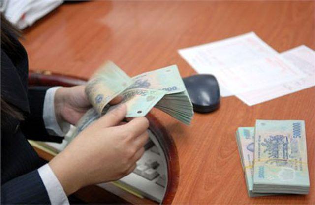 Thời lãi suất trên 10%/năm, gửi tiền ngân hàng nào lợi nhất hiện nay? - 1