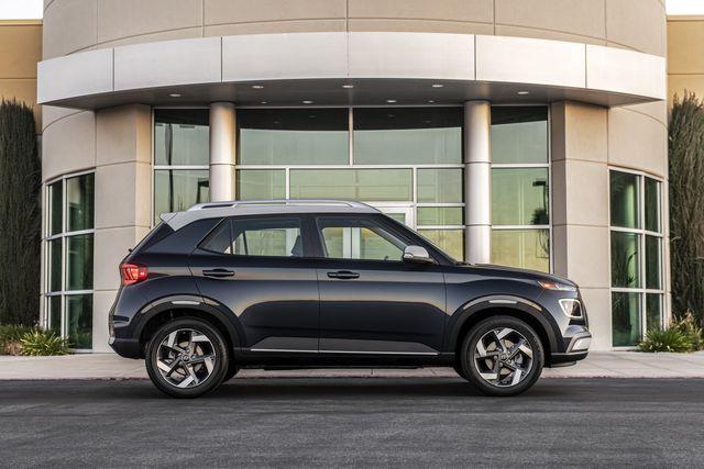 Venue trở thành SUV rẻ nhất của Hyundai tại Mỹ - 2