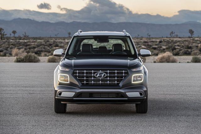 Venue trở thành SUV rẻ nhất của Hyundai tại Mỹ - 4
