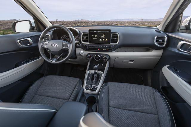 Venue trở thành SUV rẻ nhất của Hyundai tại Mỹ - 9