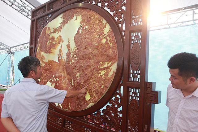 Bức tranh nặng cả tấn, giá vài tỷ khiến ai cũng choáng - 13
