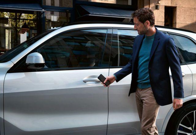 Trong tương lai có thể mở cửa ô tô không cần chìa ngay cả khi smartphone hết pin - 2