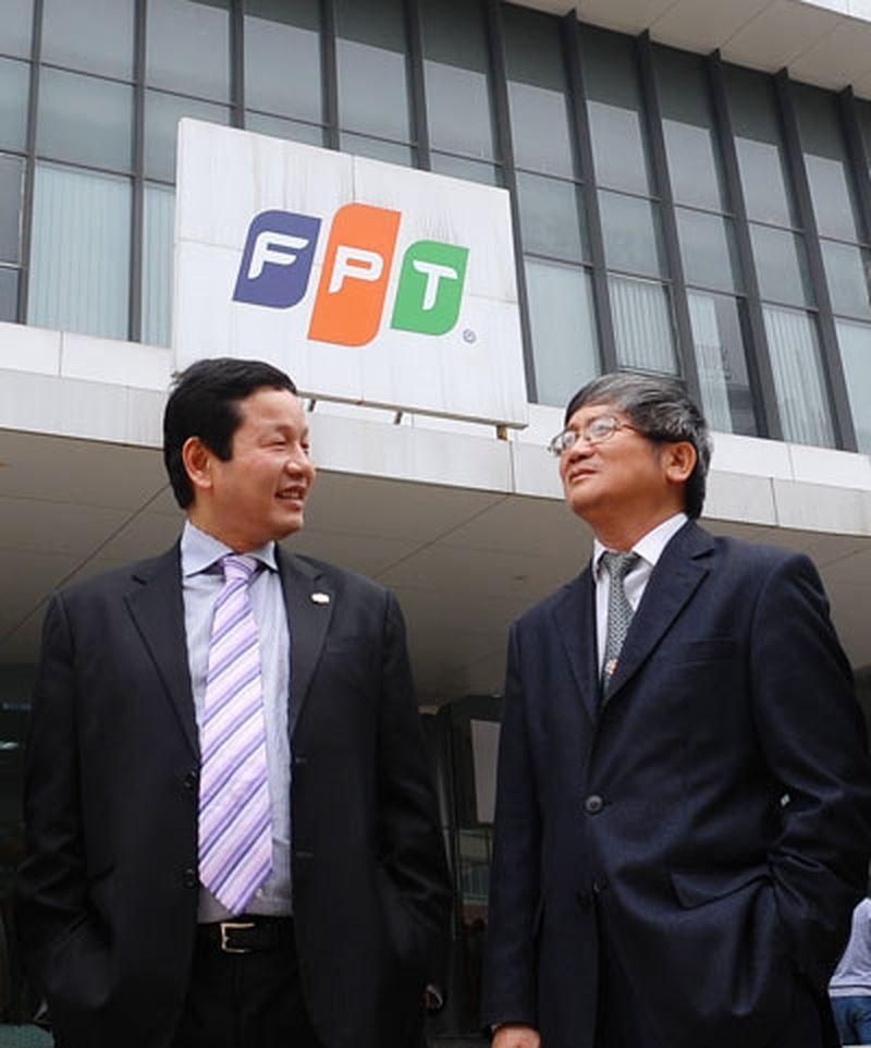 """Cổ phiếu FPT tăng phi mã, """"lão tướng"""" Bùi Quang Ngọc tính bán thu về hàng trăm tỷ đồng"""