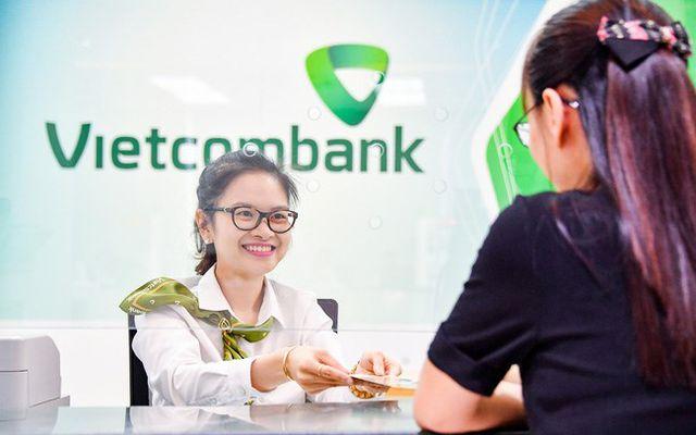 Ông lớn Vietcombank bất ngờ giảm lãi suất cho vay 2 tháng cuối năm - 1