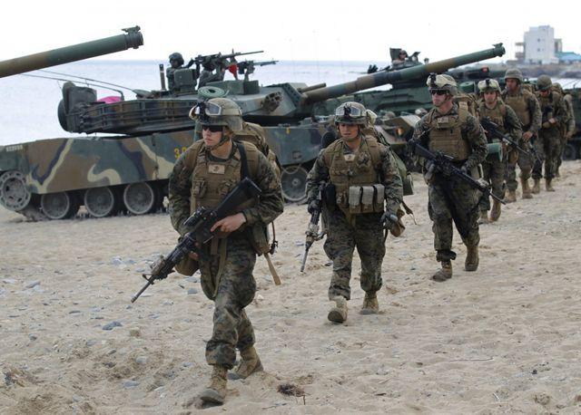 """Hàn Quốc """"né"""" 5 tỷ USD phí bảo vệ, ông Trump tính rút 4.000 lính Mỹ"""
