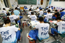 Bí mật giúp người Trung Quốc luôn đánh bại được những kỳ thi tài chính khó khăn nhất