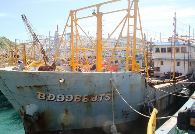 """Bảo hiểm """"sợ"""" lỗ, hàng chục tàu vỏ thép nằm bờ đến bao giờ? - 4"""