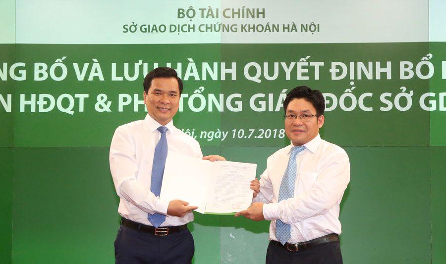 Bộ Tài chính nói gì về lãnh đạo Sở Chứng khoán Hà Nội lên chức