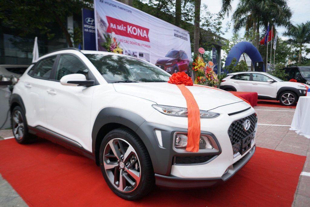 """Nhiều mẫu xe nhỏ bất ngờ giảm giá, chợ xe Việt thêm """"bom tấn"""" cuối năm"""