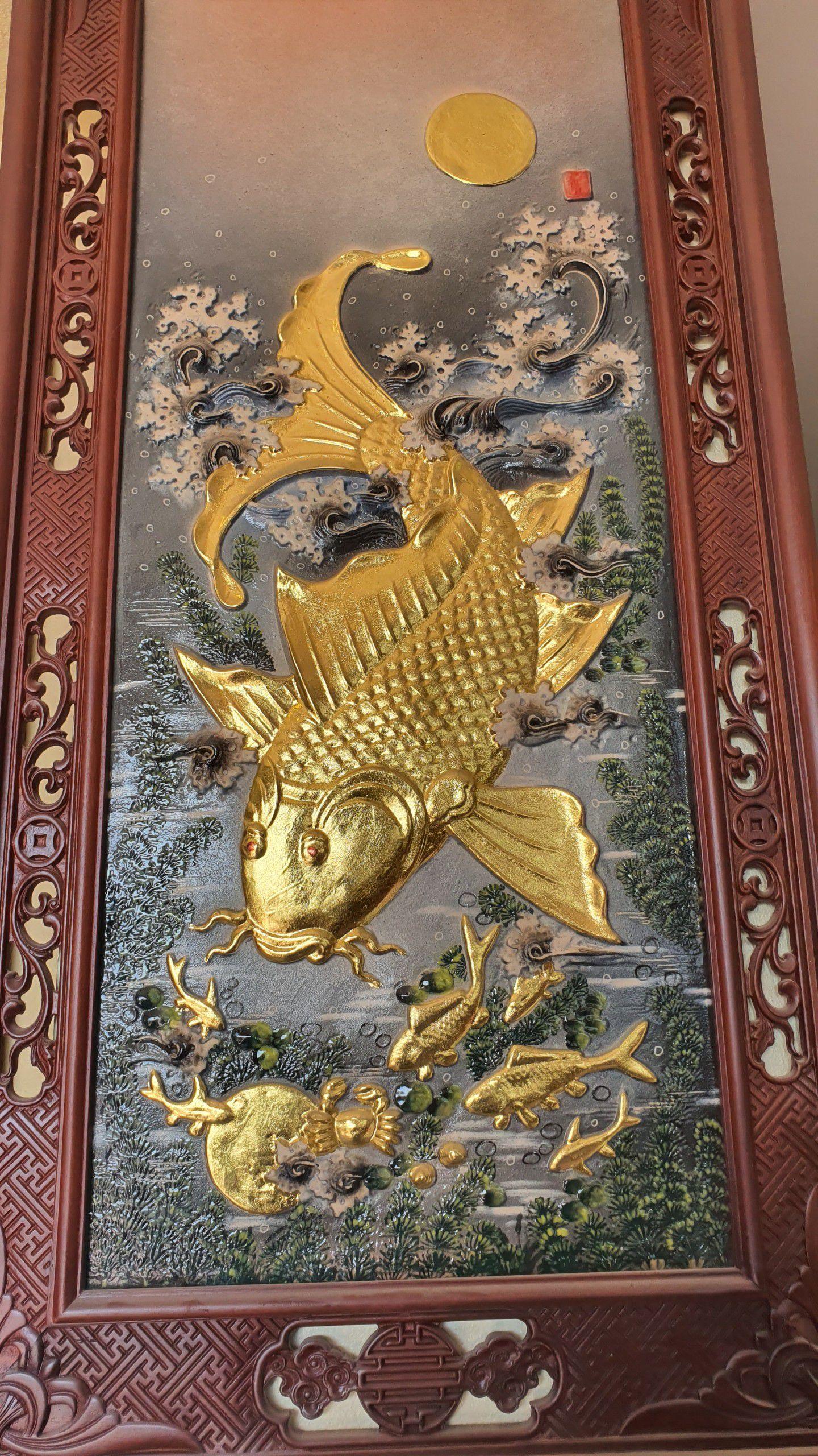 """Bị """"hét"""" gần 20 triệu đồng cặp tranh gốm cá chép vàng, về tận """"cửa lò"""" mua nửa giá"""