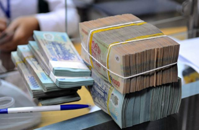 Bùng nổ 10 tỷ USD, Bộ Tài chính cảnh báo, Ngân hàng nhà nước siết chặt - 2