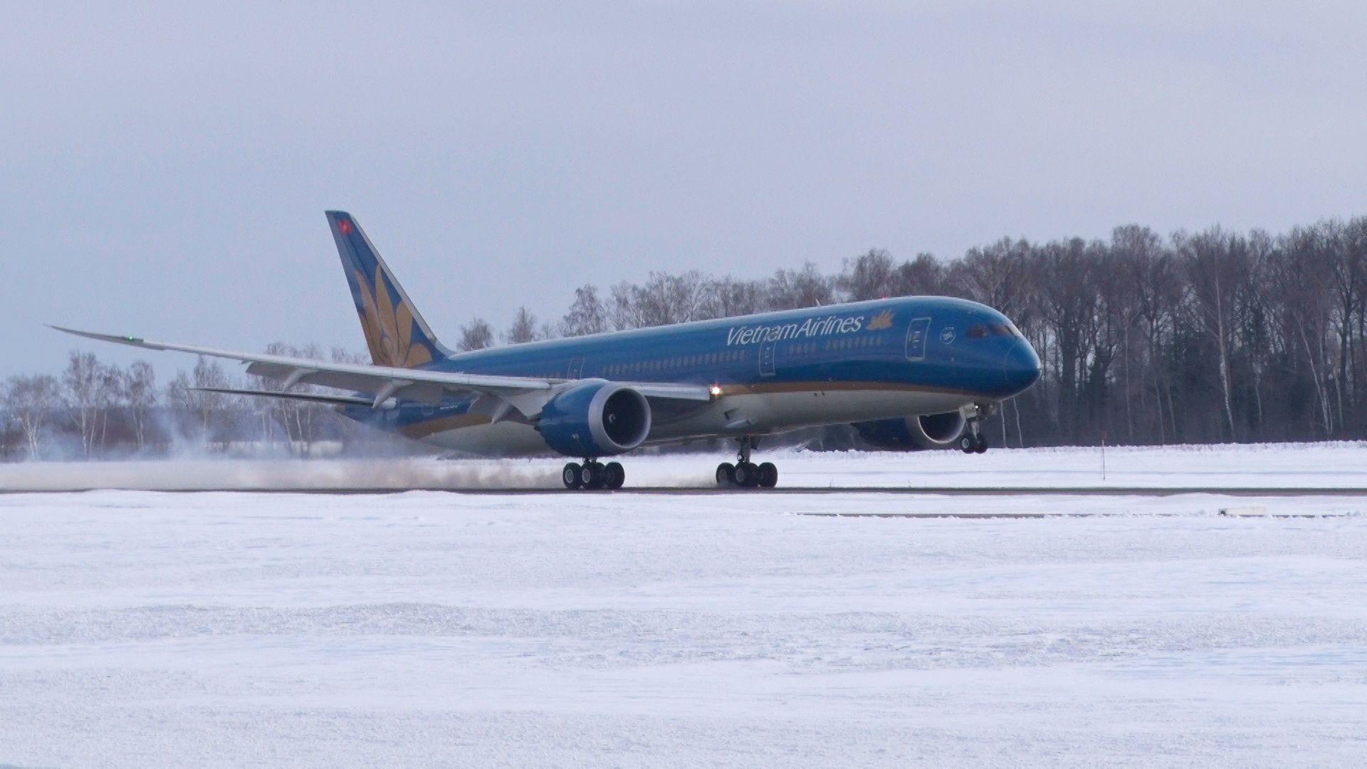 Máy bay Vietnam Airlines từ Hà Nội đi Nga hạ cánh khẩn cấp tại Ấn Độ