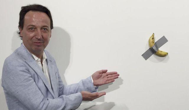 Người đàn ông Mỹ lý giải việc chi hơn 100.000 USD mua quả chuối dán tường - 1