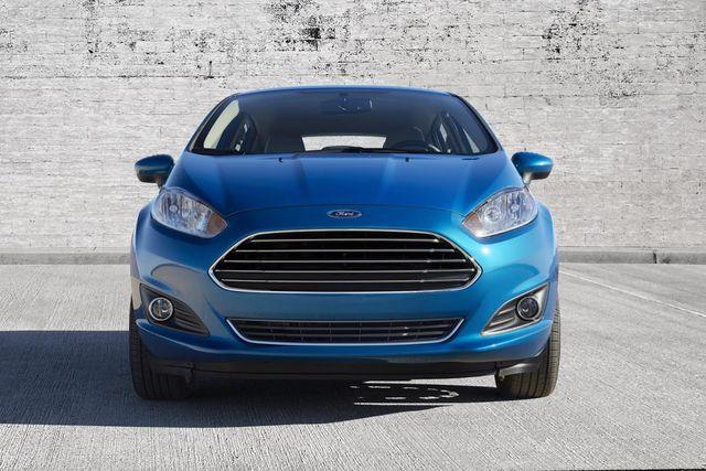 Ford tiếp tục bị tố cố tình bán xe dùng hộp số lỗi ra thị trường - 1