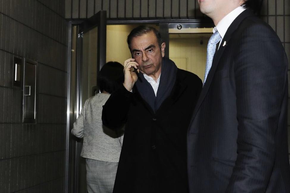 Câu chuyện li kỳ về cách Carlos Ghosn – cựu chủ tịch Nissan trở thành người tẩu thoát nổi tiếng nhất thế giới