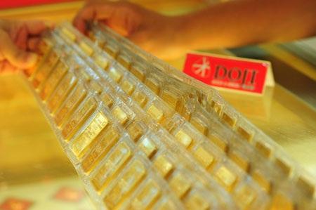 Lao dốc theo thế giới, giá vàng SJC giảm gần 1 triệu đồng mỗi lượng