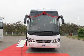 Daewoo Bus Việt Nam ra mắt dòng ôtô khách G8 và G12