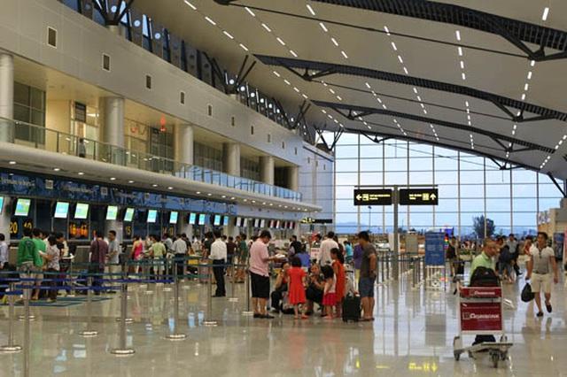 Bất thường: Sân bay bị ngưng kết nối mạng,  các hãng bay bị ép tham gia hệ thống thủ tục dùng chung? - 1