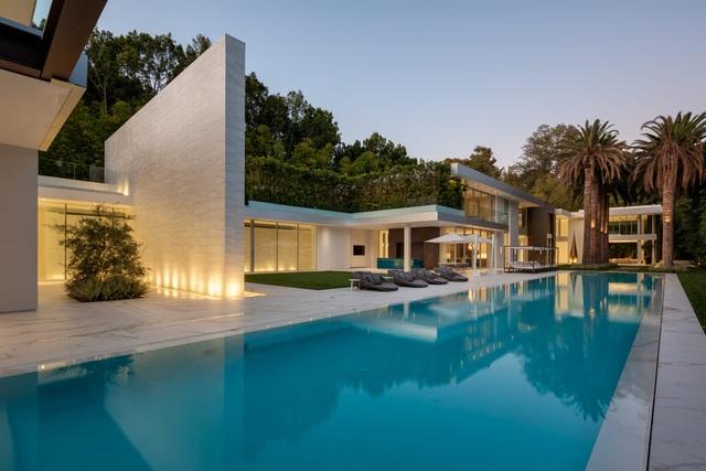 Vẻ đẹp hiện đại bên trong căn siêu biệt thự xa hoa trị giá hơn 1500 tỷ đồng - 1