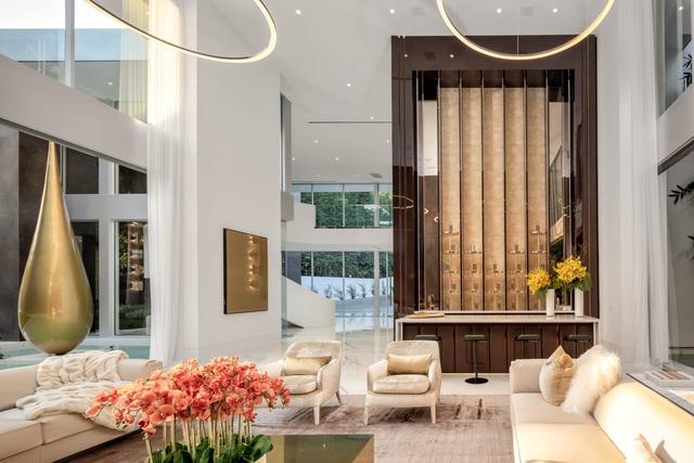 Vẻ đẹp hiện đại bên trong căn siêu biệt thự xa hoa trị giá hơn 1500 tỷ đồng - 4