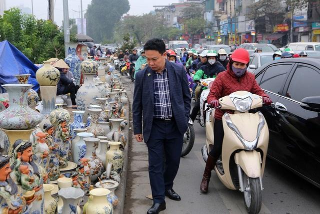 Sôi động chợ hoa Tết lớn nhất Hà Nội - 15