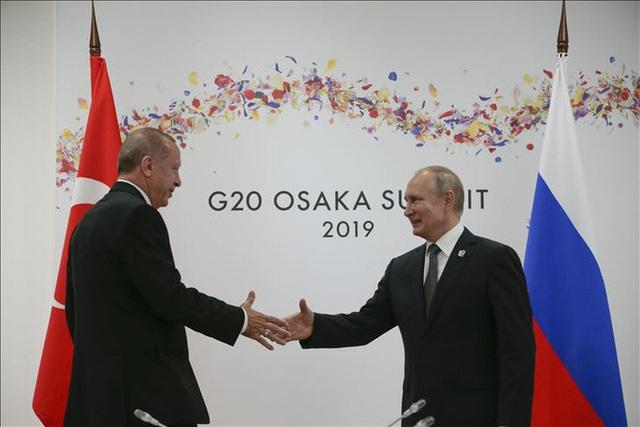Ngả mũ trước Tổng thống Putin - 3