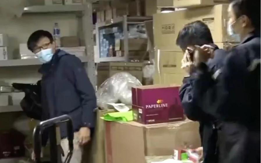 """Hy hữu vụ trộm 25.000 khẩu trang tại Hong Kong giữa """"bão"""" virus corona"""