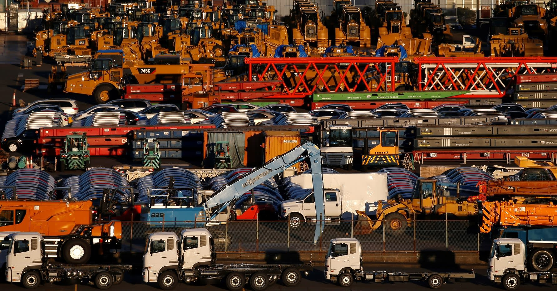"""Dịch viêm phổi Vũ Hán """"kéo chậm"""" tốc độ tăng trưởng kinh tế toàn cầu"""