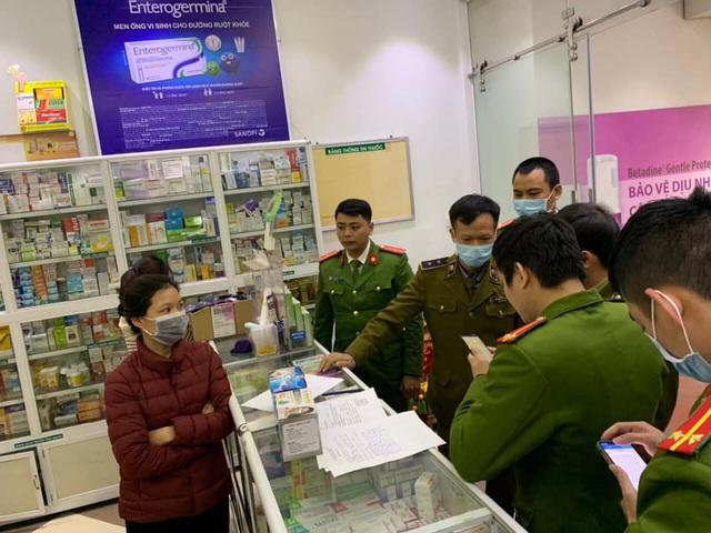 Công an Hà Nội công khai thêm 25 cửa hàng chặt chém người mua khẩu trang - 1
