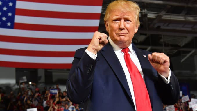 Ông Trump giành chiến thắng đầu tiên trong cuộc chạy đua tái tranh cử