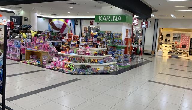 Dân buôn vừa bán hàng vừa ngủ gật, kinh tế Việt Nam ảm đạm vì corona - 7