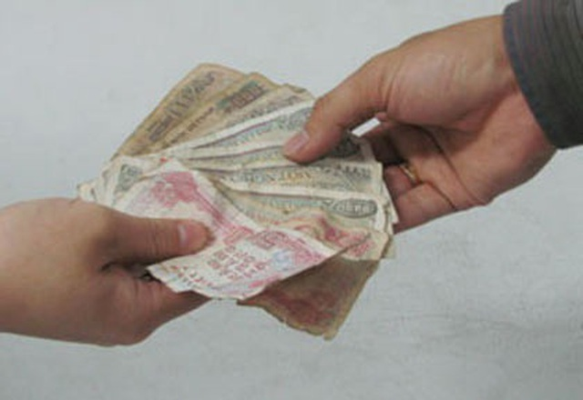 Phòng tránh virus corona, hạn chế thanh toán bằng tiền mặt - 1