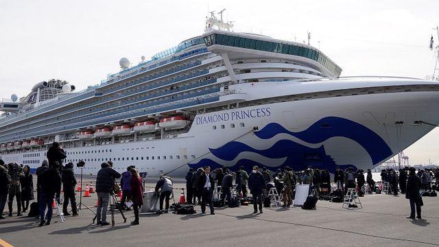 """Du thuyền Nhật Bản trở thành """"ổ dịch"""" nCoV lớn nhất bên ngoài Trung Quốc"""