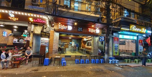 Hàng loạt nhà hàng đóng cửa, cho nhân viên nghỉ vì dịch cúm corona - 2