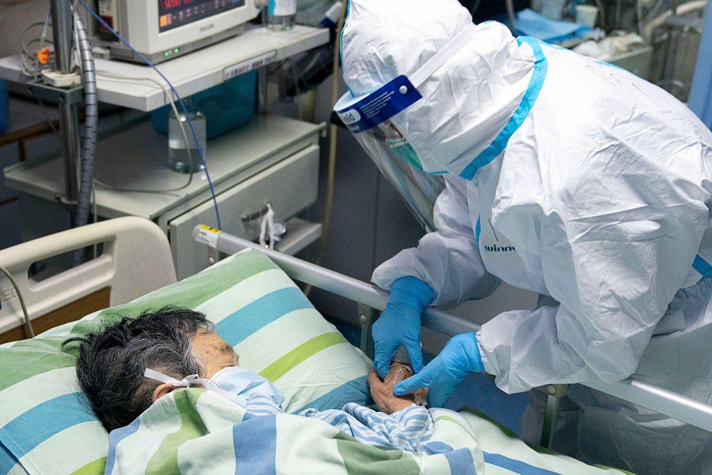 Một công dân Mỹ chết ở Vũ Hán vì virus corona