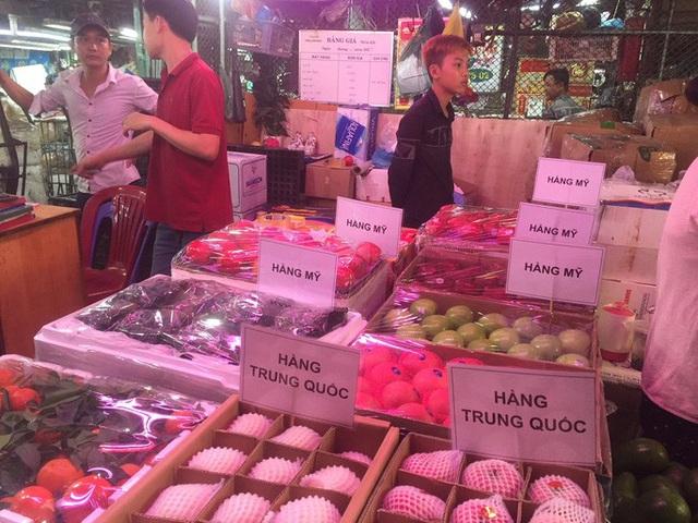 Các cửa khẩu tạm đóng sao rau củ quả Trung Quốc vẫn bán đầy chợ? - 2
