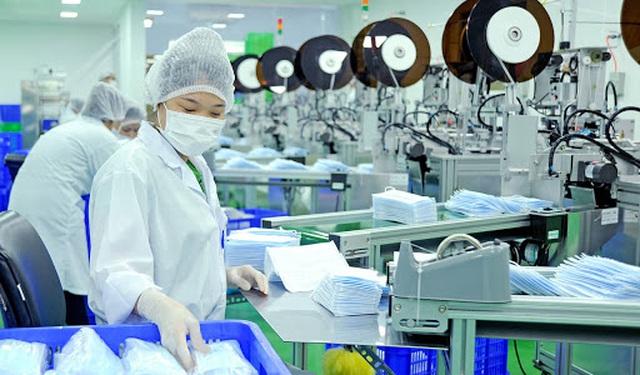 Hơn 36 tấn khẩu trang y tế đã được xuất đi ở sân bay Tân Sơn Nhất - 1