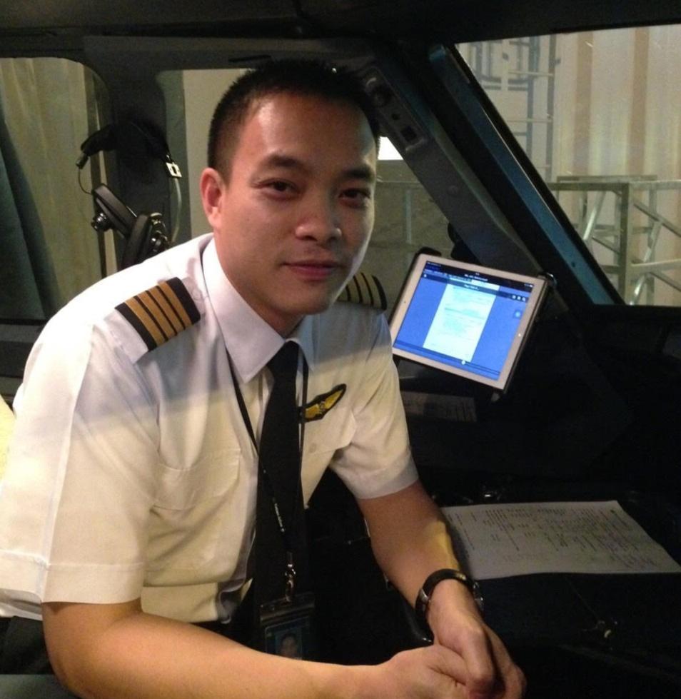 """Phi công bay """"giải cứu"""": Người Việt lẻ loi ở Vũ Hán vắng lặng!"""