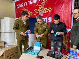 Kinh hoàng: Phát hiện xưởng làm khẩu trang kháng khuẩn bằng… giấy vệ sinh