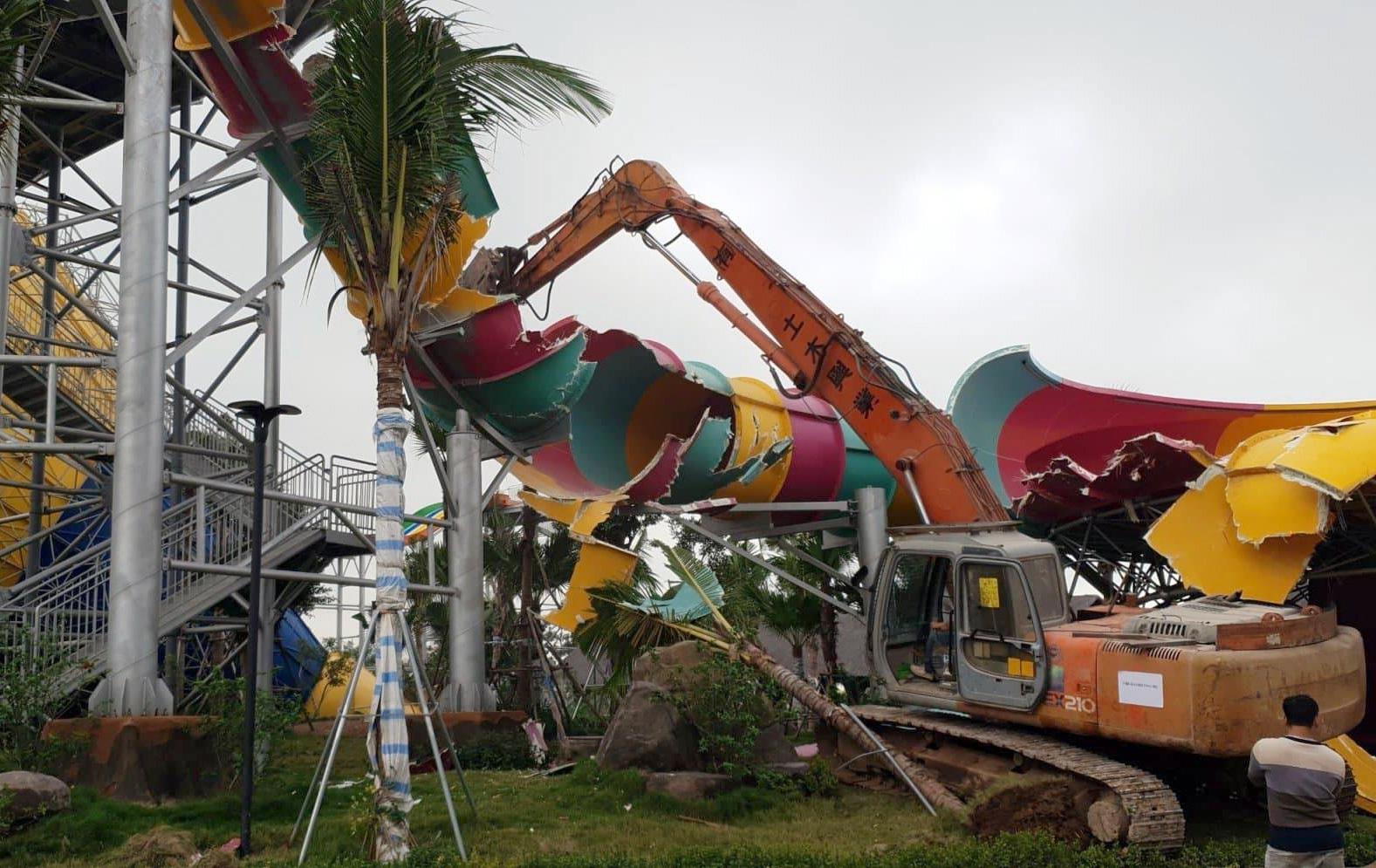 Chủ tịch Hà Nội giao thanh tra làm rõ vụ đập bỏ Công viên nước Thanh Hà