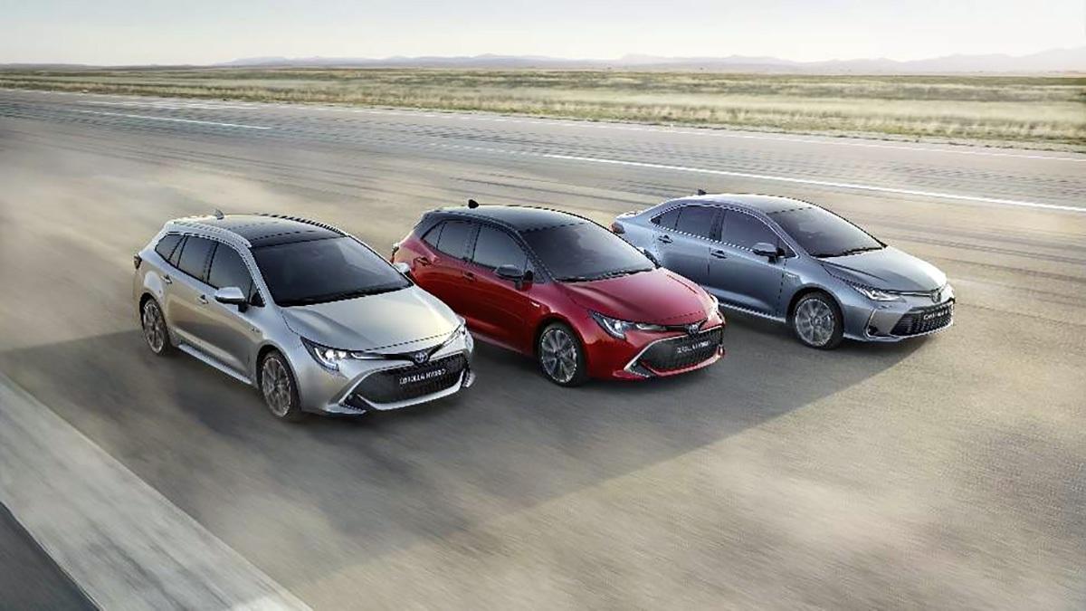Toyota triệu hồi Corolla 2019 vì lỗi rơi nẹp chắn gió trên cửa sổ trời