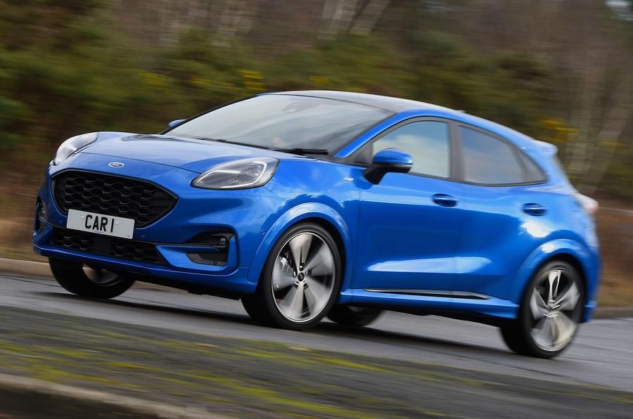 Xe vừa ra thị trường một tháng, Ford đã phải thông báo triệu hồi