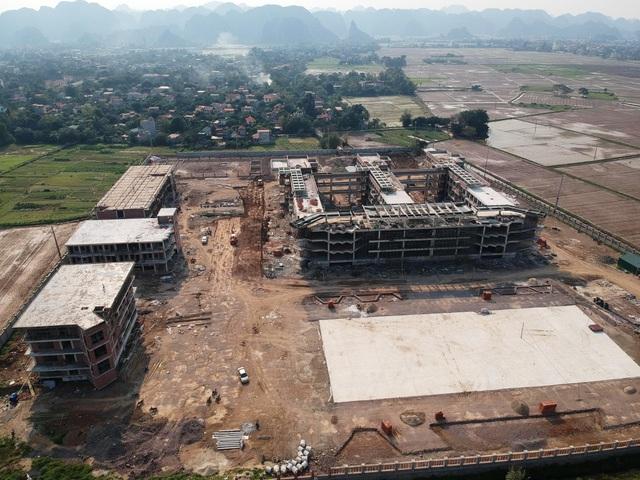 Ninh Bình: Phát lộ sai phạm tại dự án trường chuyên gần 400 tỷ đồng - 1