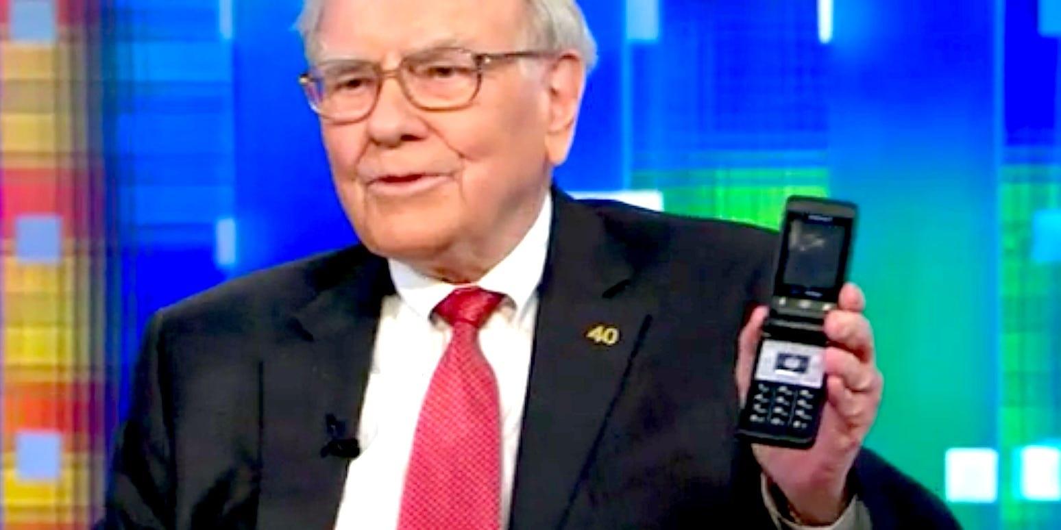 Tỷ phú giàu thứ 3 thế giới dùng điện thoại