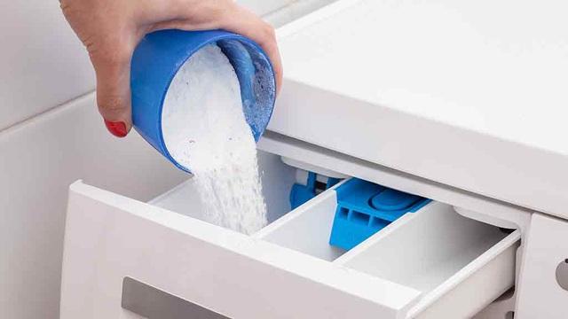 Chọn mức nước, bột giặt và những cách giúp tiết kiệm điện cho máy giặt - 2